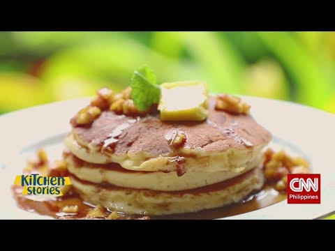 Kitchen Stories: Cheesy Pancake with Caramel Apples
