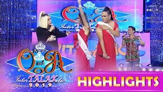 It's Showtime Miss Q & A: Vice checks the armpits of two Miss Q & A candidates