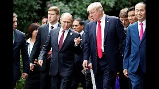 Download Video Putin & Trump chat casually before photo opp at APEC MP3 3GP MP4