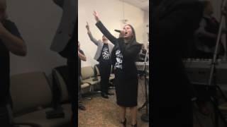 ¿A donde iré Jehova sin ti? - Lisamarie Gordils