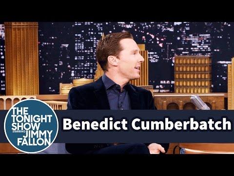 Benedict Cumberbatch's First Kiss Was Underwater (видео)