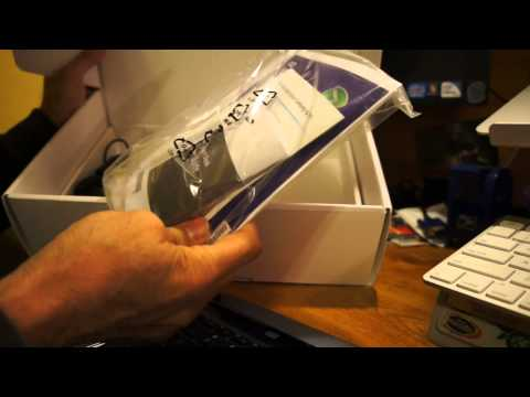 Samsung ATIV Smart PC XE500T with included keyboard dock and NFC radio unboxing