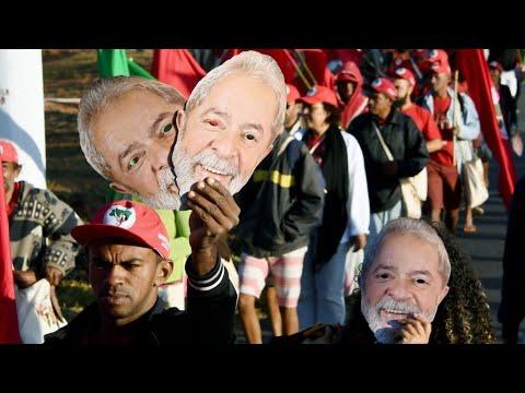 PT registra candidatura presidencial de Lula Da Silva