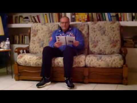 Massaggio di un dorso a osteochondrosis scoliosis a un kifoza a un lordoza