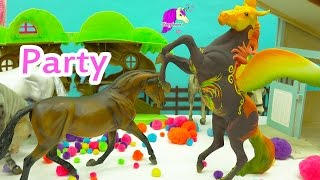 New Years Eve 2017 Party with Breyerfest Mare + Breyer Traditional Horses - Play Video