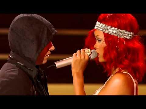 Rihanna - Love The Way You Lie ft. Eminem(Part 2) .flv