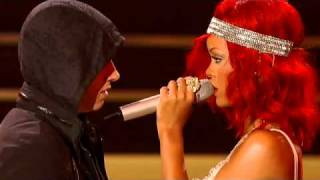 Rihanna - Love The Way You Lie ft. Eminem(Part 2) .flv