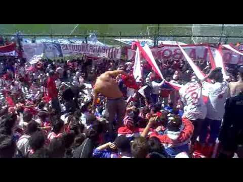 """""""Rosalazo visto desde la tribuna visitante tatengue en la cancha de colon"""" Barra: La Barra de la Bomba • Club: Unión de Santa Fe"""