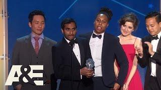 """Master of None"" Wins Best Comedy Series | 2016 Critics' Choice Awards | A&E"