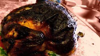 У Макса 1,34 тыс. подписчиков Макс жарить курицу в духовке для Любовь Геннадьевны. Корочка ну  убер хрустящая, крч анкл бенс неизменно превосходный результат... Курицу жарить будем в духовке но с фишками, наша фишка в том, что