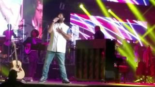 Ae dil hai mushkil title song, Chahun main ya na from Aashiqui 2 - Arijit Singh concert