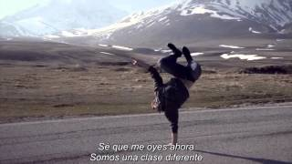 Alesso - Heroes (We could be) (Sub Español) People Are Awesome 2014