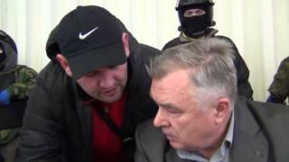 Демократия на Украине под молотами бандеровцев. Заседание в совете г. Василькова