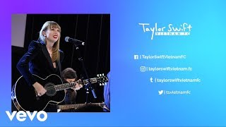 Taylor Swift - Delicate (Live Acoustic)