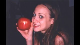 Fiona Apple - Live at the Eastman - 01 On the bound
