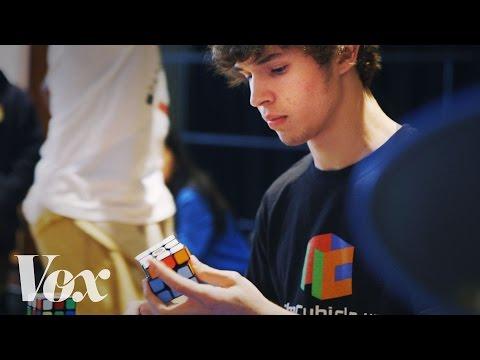 Jak složit Rubikovu kostku za 5 vteřin