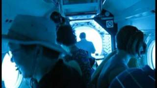 preview picture of video 'Atlantis Submarine Lahaina Maui Hawaii 1-11-11'