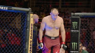 Fight Night Moscow: Aleksei Oleinik - The Boa Constrictor is Coming