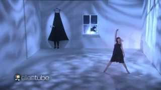 Sia & Maddie Ziegler Perform 'Alive' On The Ellen Show!