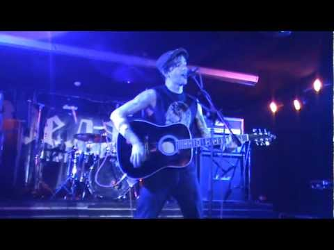 Andrew 'Stripes' Winter (of Reckless Dodgers and Blitzkid) - Acoustic Set in Moscow (12.10.2012)