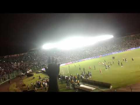 """""""Festejando el triunfo de la academia!!!"""" Barra: Los Chiflados • Club: Blooming"""