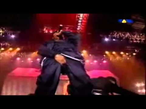 Eminem & D12 - Under the Influence [Live at L.A.] [HD]