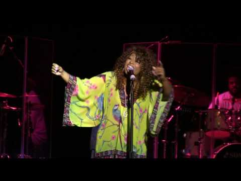 """James Ross @ COCO SOUL -(Singer) - Killing Chaka Khan's hit song - """"Sweet Thing"""". - (Watch In HD)"""