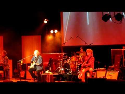 Mick Dalla Vee 187 Randy Bachman Band Playing Let It Ride