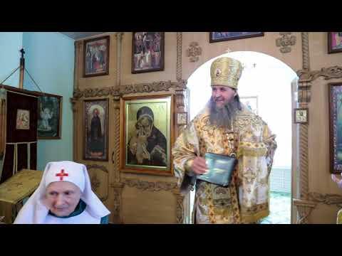 Митрополит Даниил вручил епархиальные медали активистам Свято-Троицкого прихода