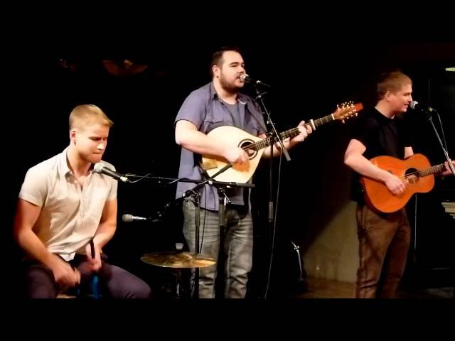 THE PAUL McKENNA BAND ... Multi Award Winning Scottish Folk Music