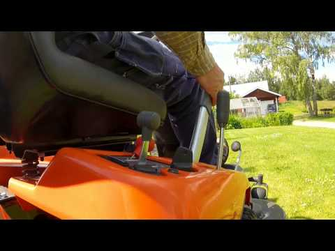 2017 Husqvarna Power Equipment R 220T Briggs & Stratton (967 03 20-01) in Munising, Michigan