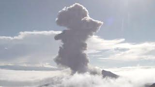 Earthquakes, Volcanos, Lightning, New Planet?   S0 News Jul.26.2016