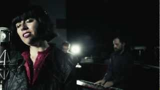 Jane Tyrrell Feat. Ev Jones - When Something Is Wrong With My Baby