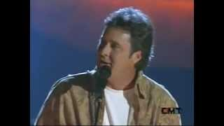 Vince Gill – Blue Moon of Kentucky (Live)