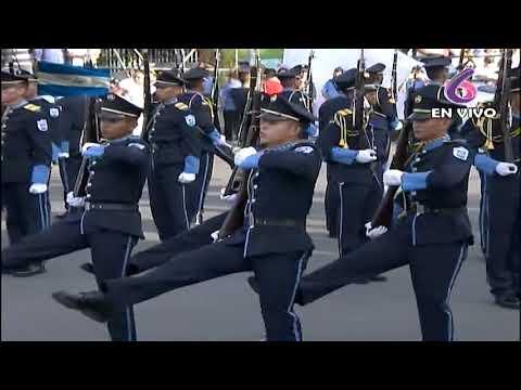 Comandante Daniel Ortega y Compañera Rosario Murillo presiden desfile patrio 2018