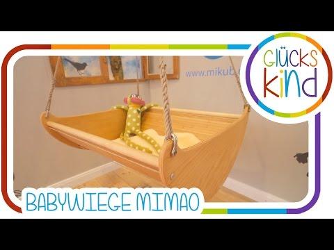 Junge Familie entwirft Babywiege Mimao | Das Glückskind | Babywelt Messebericht Mikub  # BabyBlog