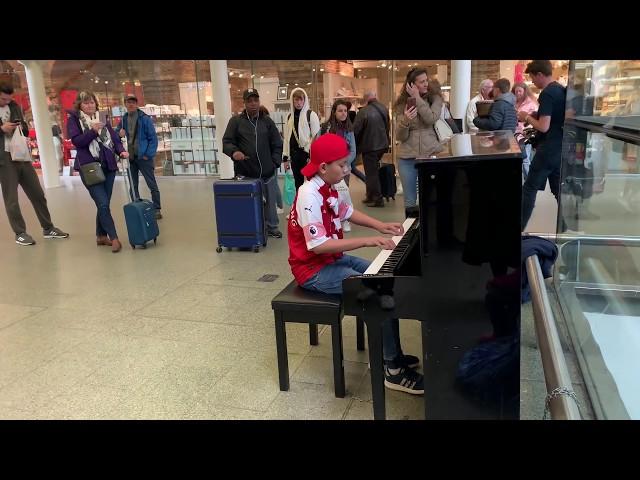Crowd Demands Encore As Man Misses Train in Queen Bohemian Rhapsody Piano Epic Cole Lam 12 Years