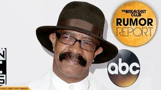 "Drake's Dad Says ""Stay Away From Big Booties"" 