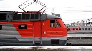 ЧС7-243 со скорым поездом №49 Самара - Москва прибывает на Казанский вокзал