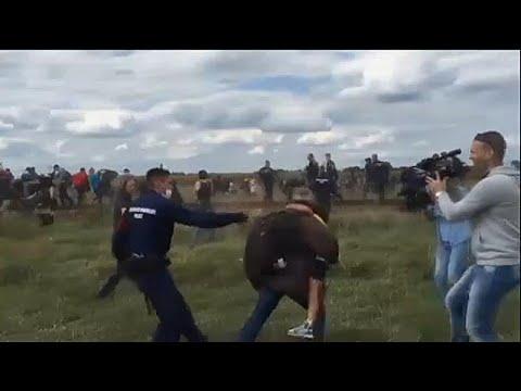 Ουγγαρία: Απαλλάχθηκε η δημοσιογράφος που κλοτσούσε μετανάστες …