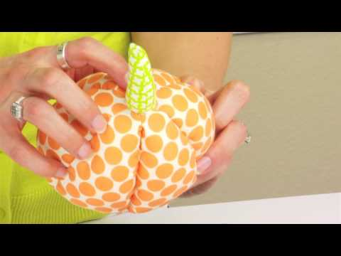 From the Sizzix Quilting Workshop: How to Make a Reversible Softee for Halloween