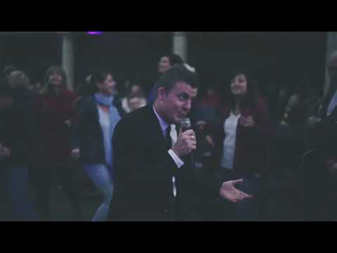 Tom The Swing Singer Video
