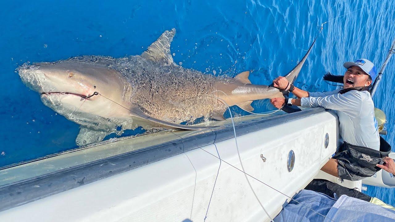 Lizzy Capri Catches BIGGEST FISH