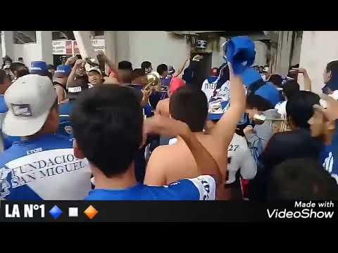 """""""Hinchada de Juventud Antoniana entrando al estadio.. (☆La inigualable N°1☆)"""" Barra: La Inigualable Nº1 del Norte • Club: Juventud Antoniana"""