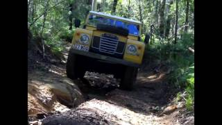 Land Rover Series 3 swb offroading