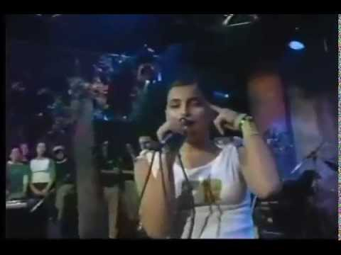 Nelly Furtado - Turn Off The Light (Live at Much! 2001)