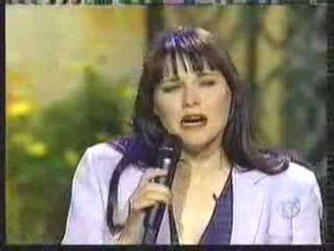 Lucy sings on Regis & Kathy Lee Show