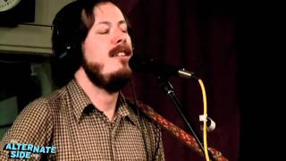 """Vetiver - """"Save Me a Place"""" (Live at WFUV)"""