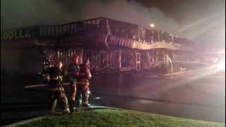 preview picture of video 'Fire at the Eastpark Centre Dollarama in Windsor, Ontario'