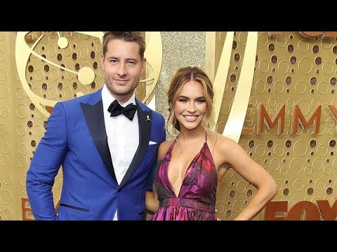 """Selling Sunset"" star Chrishell Stause revealed that her estranged husband Justin Hartley texted her"